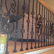 oak-railing-metal-spindle